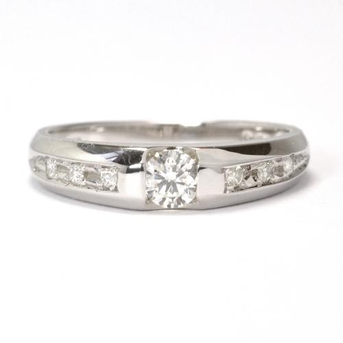 2011-69-1セリオオリジナル婚約指輪