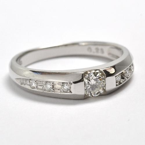2011-69-3セリオオリジナル婚約指輪
