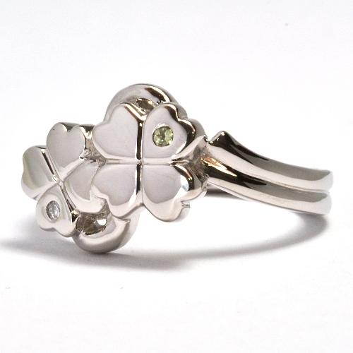 2011-108-2クローバー婚約指輪