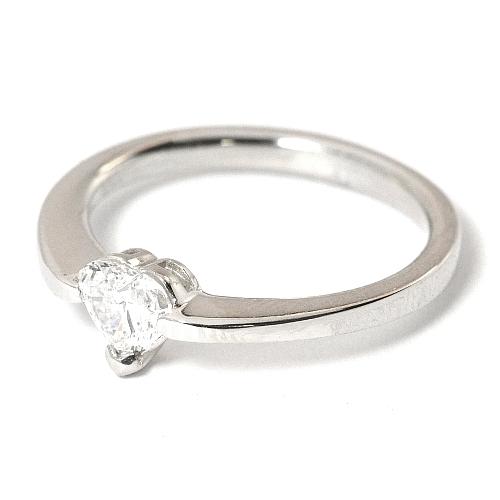 2012-8-4ハート婚約指輪